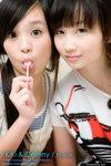 KiKi_and_Destiny_01