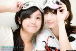 KiKi_and_Destiny_13