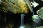 *Waterfall curtain in Rocky Trough 石槽簾瀑