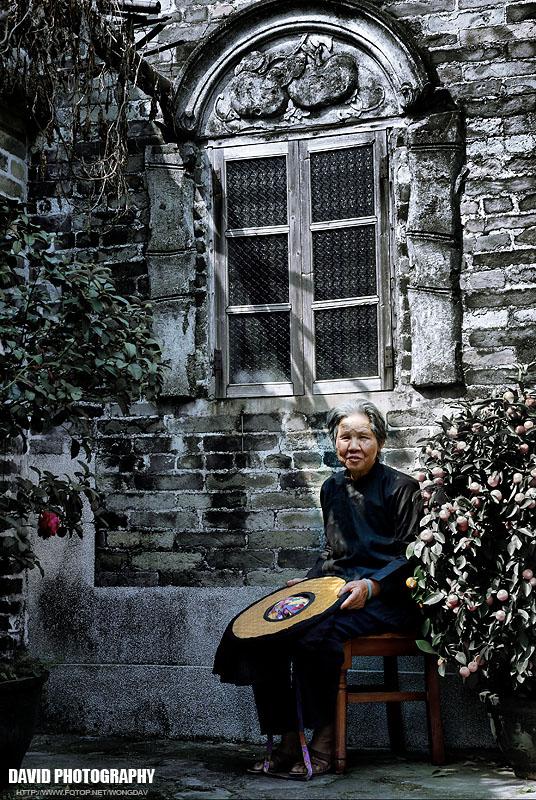 http://images5.fotop.net/albums5/wongdav/tongmei/DSC_0061.jpg