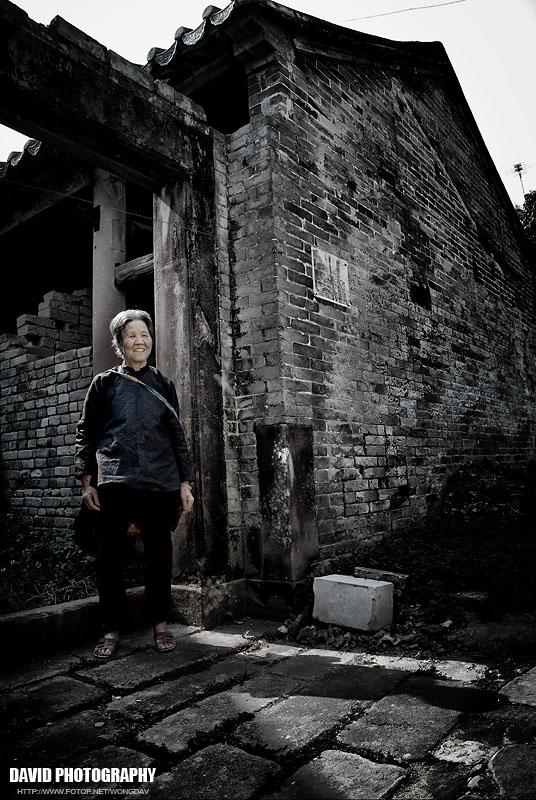 http://images5.fotop.net/albums5/wongdav/tongmei/DSC_0112.jpg