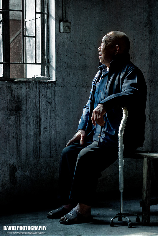 http://images5.fotop.net/albums5/wongdav/tongmei/DSC_0203.jpg