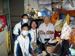 20041120-aged_cleaning-34
