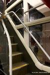 v6b13_staircase