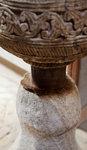 放在木柱下的駱駝毛可防止木被蟲蛀