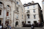 從意大利和希臘運送的大理石來打造的Diocletian's Palace