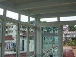 西貢井欄樹玻璃屋