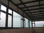粉嶺獅頭嶺天台古銅色玻璃屋