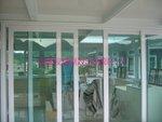 西貢獅頭嶺村白色玻璃屋