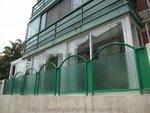 西貢蠔涌界咸玻璃趟門 (1)