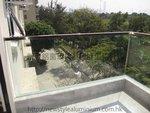 美孚新村露台玻璃欄河 (2)
