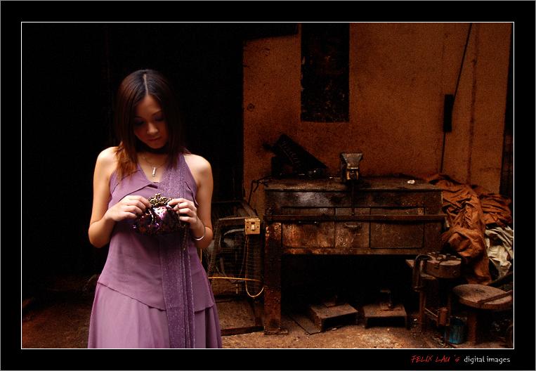 IMAGE: http://www.fotop.net/albums/felixlau/felixlau39/D2H_5698.jpg