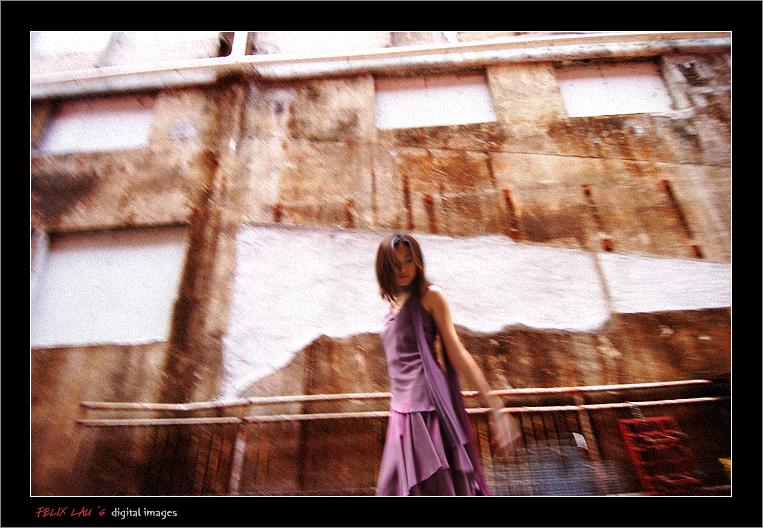 IMAGE: http://www.fotop.net/albums/felixlau/felixlau39/D2H_6043.jpg