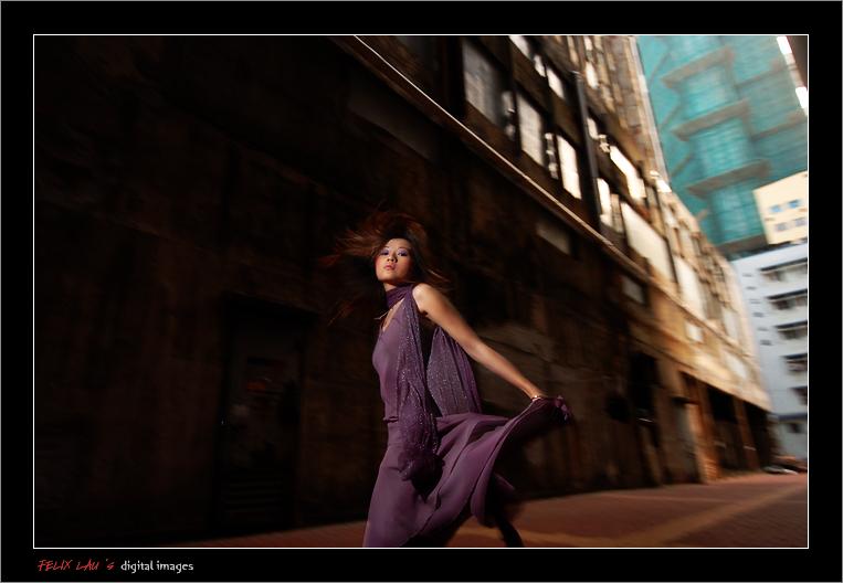 IMAGE: http://www.fotop.net/albums/felixlau/felixlau39/D2H_6169.jpg
