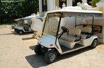 酒店面積很大,所以特別安排這些buggy讓住客代步。