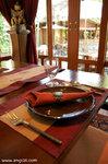 臨離開酒店,我們再到泰菜餐廳吃飯去。