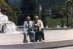 1983年  美國加州   譚老師與廖寶生教師(右).