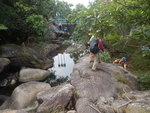 下降馬大石澗, 見到水壩啦 DSCN0136