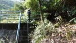 行至水壩, 上壩頂轉右 DSC00010