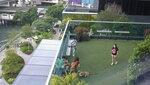 酒店3樓一角有個可供狗狗玩樂的小人工草地20200917-028