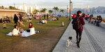 西九龍文化中心內草地好多帳篷好多人 20201218-014
