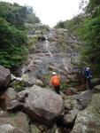 到雙獅觀瀑, 右邊有山路 DSC03713