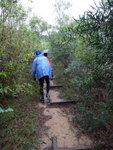 時落雨濕濕, 山路頗泥濘 DSC06472
