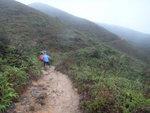 往蚺蛇坳途中, 路濕泥濘, 好跣哩 DSC06475