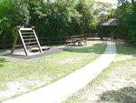 028:布力徑野餐點(對面是聶高信山電訊站維修木道)
