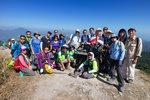 在590公尺純陽峰與先頭部隊合照 IMG_1256r