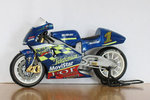Heller Suzuki RGV 500 1:24 (2 other bikes to be assembled)