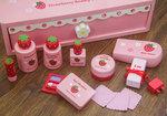 F8016 - 木製草莓紅色梳粧檯<br>.<br>門市售$550<br>批發價$260<br>.<br>