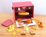A145 - 木製小熊麵包烤箱<br>.<br>門市售$550<br>批發價$250<br><br>(本月訂購 Free 食物配件)<br><br>