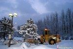 晨曦下的雪影
