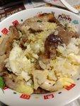 日式薑蓉太陽蛋燒肉飯吃法