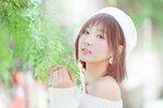 吳妮 ( 01 )