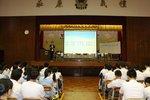 20140923-classroom_boycott_debate_01-01