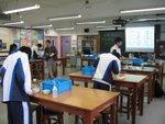 20110128-biologylabexam-21