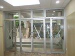 香港神託會培基書院玻璃門 (1)