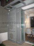 元朗峰景豪園鋁窗玻璃趟摺門 (13)