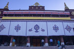 措欽大殿是色拉寺面積最大的殿堂,1709年由固始汗後裔拉藏汗興建. 1M5A0299.jpg_