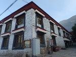 1419年由格魯派創始人宗喀巴弟子釋迦耶歇興建,規模略次於哲蚌寺。18世紀初,固始汗擴建色拉寺,使其成為西藏第二大寺院,格魯派六大寺之一. P9252811